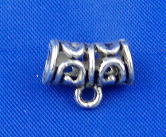 15 Metallperlen mit Muster und Öse