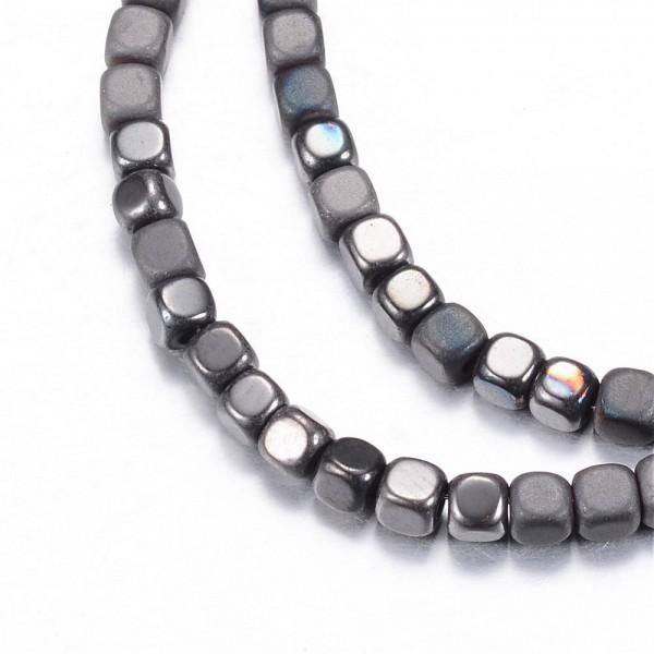 Synthetischer Hämatit Perlenstrang Würfel (ca. 140 Perlen / ca. 40 cm)