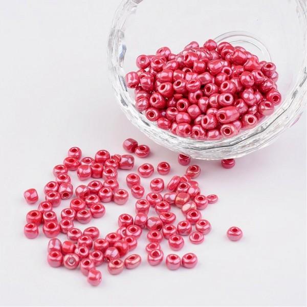 50 Gramm Glasperlen 6/0 opak purpurfarben