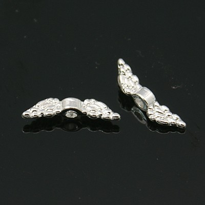 20 silberfarbene Mini Engelsflügel 12 x 3 x 3 mm