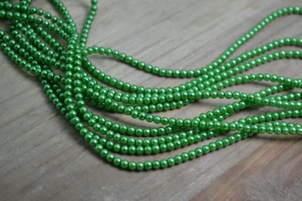 Glaswachsperlenstrang grün (ca. 220 Perlen / ca. 70 cm)
