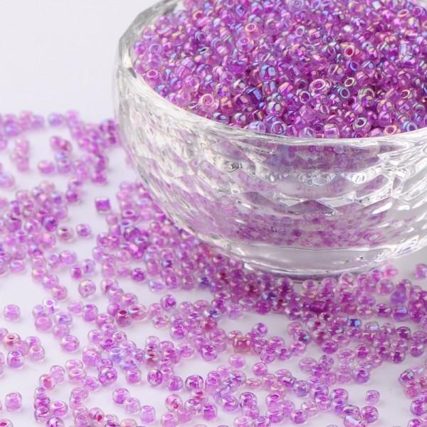 50 Gramm Mini Rocailles transparent Regenbogen lila